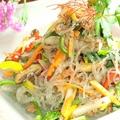 料理メニュー写真野菜たっぷり春雨チャプチェ