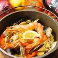 料理メニュー写真海の詰め合わせパエリア