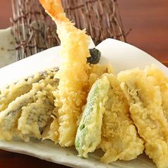 料理メニュー写真長崎県産穴子と海老の天ぷら