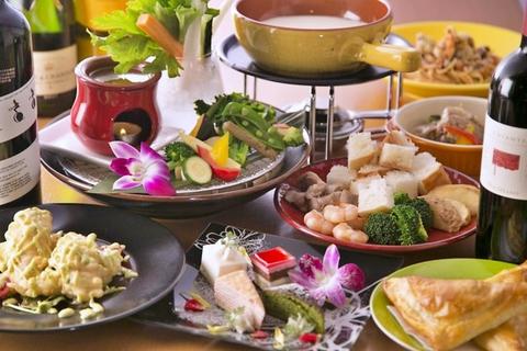 【人気No.1】肉&魚を堪能!2大看板メニュー付きチーズフォンデュコース<120分飲み放題>4500円