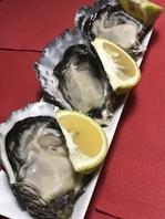 殻付生牡蠣3個で1000円
