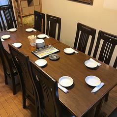 6~10名様でご利用いただける個室有り★個室は扉のついた完全個室!お子さま連れでも安心♪プライベート感覚でお食事をお楽しみいただけます。10名様までご利用できますので、お祝いごとや仲間内での宴会などにぜひご利用ください♪