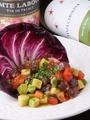 料理メニュー写真マグロとトマトとアボカドのガーリックあえ