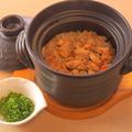 料理メニュー写真土鍋でかしわ飯