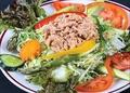 料理メニュー写真ツナサラダ/カニサラダ