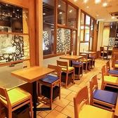 Gigas 東京駅グランルーフ店の雰囲気3