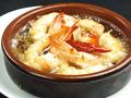 料理メニュー写真エビのガーリックオイル煮 アヒージョ