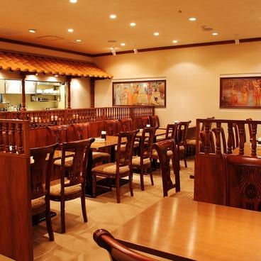 南インド料理 ダクシン DAKSHIN 東京駅八重洲店の雰囲気1