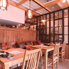 Cafe&Bar PAUSE BASE ポーズバーズ 金沢駅前の雰囲気1