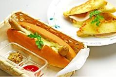 ソーセージドッグ/チーズベーコンポテトドッグ