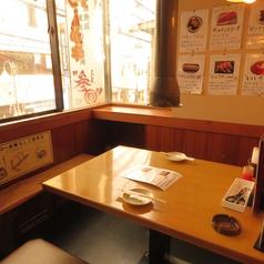 炭火焼肉 醍醐 梅島店の雰囲気1