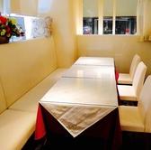 6~8名様で半個室もご用意他のお客様とかなり離れたお席です