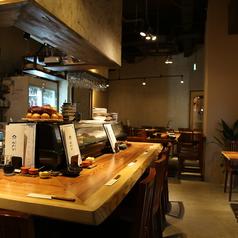鮮魚と鴨 酒 蕎麦 みかど 西九条店の雰囲気1