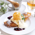 料理メニュー写真生はちみつとマスカルポーネのフレンチトースト[単蜜レギュラー]
