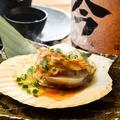 料理メニュー写真帆立のバター醤油!炙り (1個)