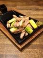 料理メニュー写真錦爽鶏せせり身焼(たれ・塩)