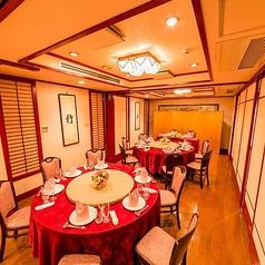 取り外し可能な個室席は、大型宴会にも対応可能◎