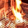 豪快に大火力で一気に火を通す、見ても楽しい炎仁名物です♪焼く際には人の頭以上まで火が登ります(^^)是非お食事も出来上がる過程もお楽しみ下さい!