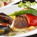 料理メニュー写真シェフおすすめの本日のお魚料理