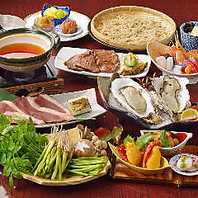 旬の味覚を楽しめる月替りの会席料理