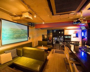 バー トライアングル Bar TRIANGLEの雰囲気1