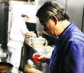 オーナーの早坂さん、杜都の焼き物料理担当。料理の腕も凄腕だがゴルフの腕も凄腕♪ゴルフの話も聞いてみてください!