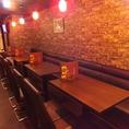 【テーブル席】アットホームな雰囲気が自慢の店。