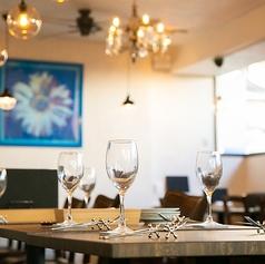 カウンター席もカップルやサク飲みに大人気のお席となっております!千葉/宴会/女子会/貸切/飲み放題