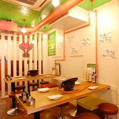 東京馬焼肉 三馬力 池袋店の雰囲気1