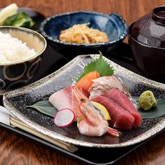 海鮮酒場 魚吉 札幌駅前本店の特集写真
