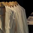 店内は実験で使われるモノがたくさん揃えられています!通販でしか入手できない高級白衣がございます!ご試着をご希望の方はお気軽にスタッフにお申し出ください♪白衣大好評です!