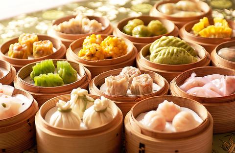 モダンチャイナな空間で本格中国料理、点心、薬膳をリーズナブルに楽しめるお店♪