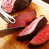 """本当に美味しい""""赤身""""が肉小屋にはあります。"""