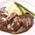 料理メニュー写真牛頬肉の赤ワイン煮込み