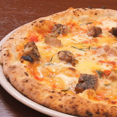 料理メニュー写真 ハーブチキンのピッツァ/ラザーニャ