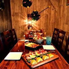 肉とチーズ ミート9 Meat Nine 新宿東口店の雰囲気1