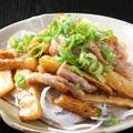 料理メニュー写真鶏のせせりと山芋の塩タレ焼き
