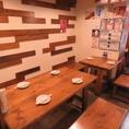 【テーブル】ひろびろテーブル席は仕事帰りの飲みやご宴会にもおすすめ!