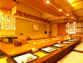 寿司屋と言えばカウンター。その日一番のネタをご提供します。料理とともに職人の技をお楽しみ下さい。