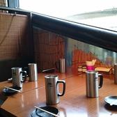 早い時間は青空が広がり光が射し込む【爽やかな空間】この時期は清々しい気分で韓国料理とクラフトビールやマッコリで乾杯!