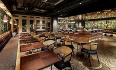 2名様~最大16名様までご利用いただけるテーブルのお席です。京イタリアン料理を楽しむなら是非当店へお越しくださいませ☆