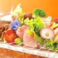 料理メニュー写真朝〆鮮魚のカルパッチョ
