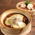 料理メニュー写真愛知みかわ豚とポテトの特製カレーチーズ鍋(2~3人前)