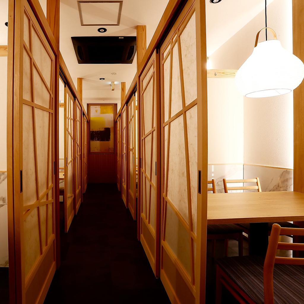 全席個室 お忍び居酒屋 焼き鳥と海鮮が美味い もぐもぐ 高松瓦町店|店舗イメージ2
