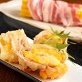 料理メニュー写真コーンとチーズ肉巻天