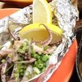 料理メニュー写真イカ下足とネギのバター醤油アルミホイル焼き