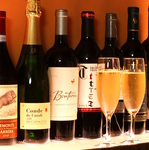 ワイン業者から大量にワインを買い付けているため、安価で厳選ワインをご堪能いただけます♪