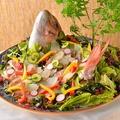 料理メニュー写真宴を盛り上げる人気の逸品 鯛のカルパッチョ