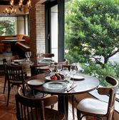 森の中のイタリア料理 coniglio コニッリオ 横浜の雰囲気3
