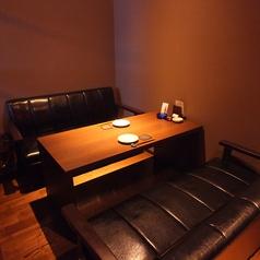 4~6名様用の高級感あふれるソファーの個室